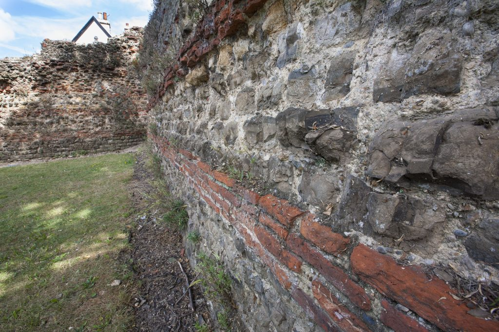 TownWall_1_small